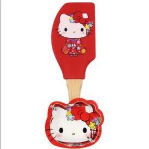 Hello Kitty Spatula And Cookie Cutter Set